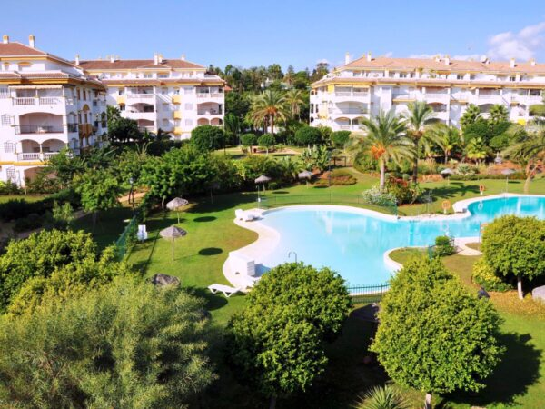 places to stay on a marbella hen do