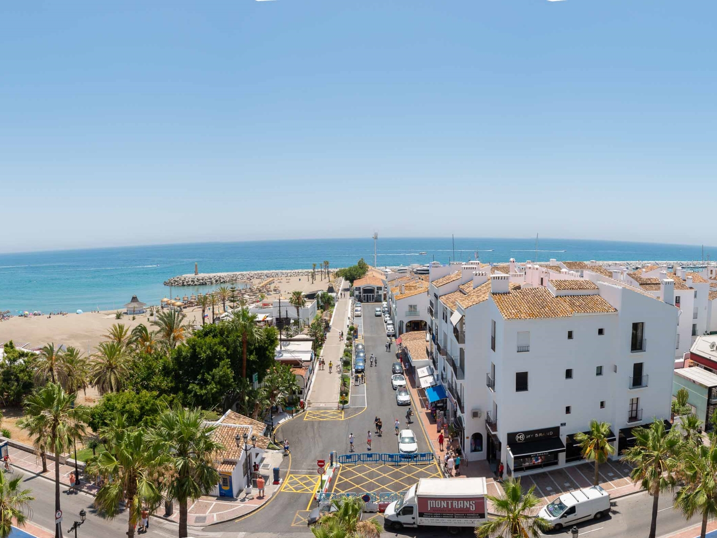 CENTRAL PUERTO BANUS APARTMENT III (3 BEDROOMS)