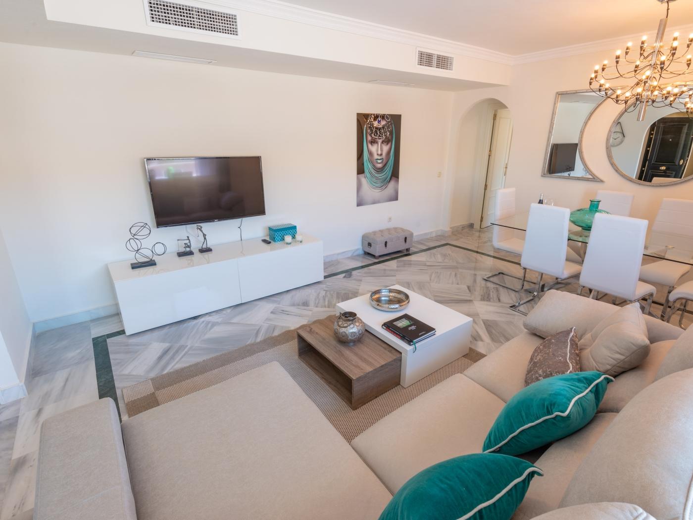 La Dama De Noche Penthouse (3 Bedrooms)