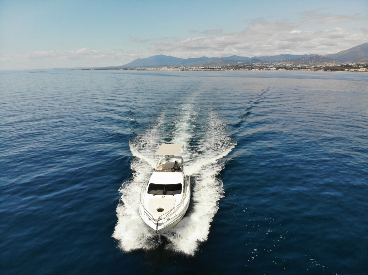 MM Luxury Yacht Hire